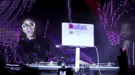 #VIDEO Serato Honors 'Icon,' Artist, DJ Erykah Badu