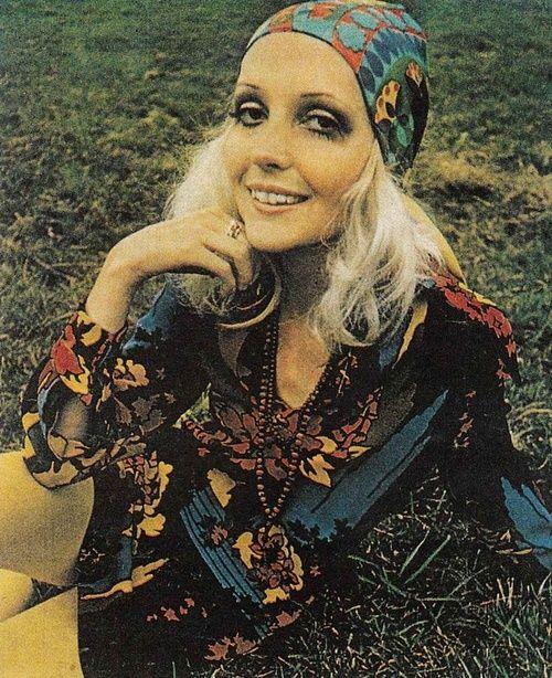 4e4642052 1969 Fashion... It looks like today! Woodstock 1969 Fashion is HOT ...
