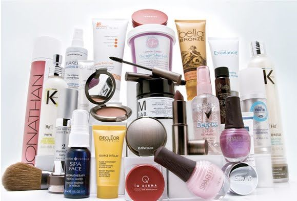 Buy Cosmetics Beauty Products Online From Esskay Beauty The Online Shopping Beauty S Beauty Salon Supplies Beauty Products Online Buy Beauty Products Online