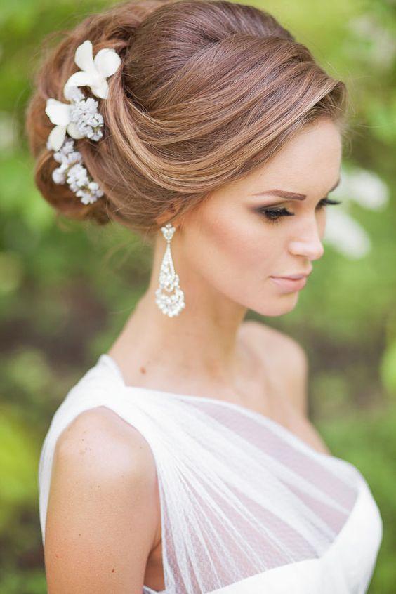 ideas de peinados glamurosos para novias o damas - Peinados De Moos
