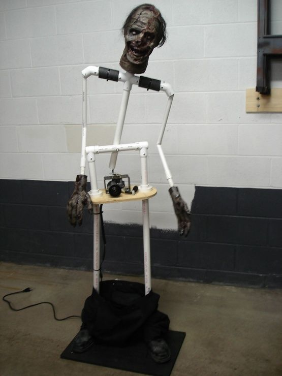 PVC pipe halloween zombie prop moving with wiper motor & PVC pipe halloween zombie prop moving with wiper motor   Fun ...