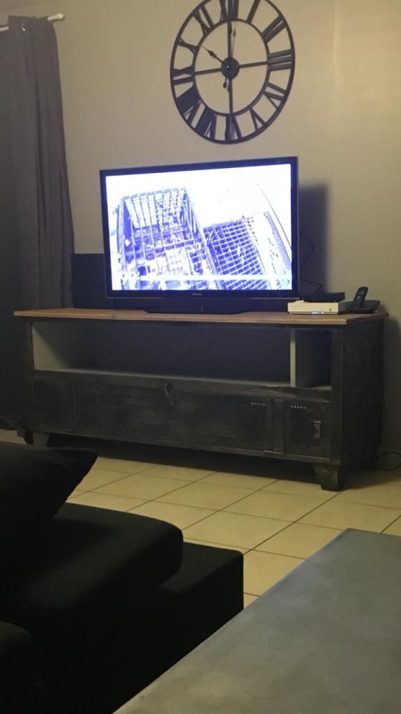 meuble tv ou petit buffet vestiaire industriel double 1 porte home sweet home pinterest. Black Bedroom Furniture Sets. Home Design Ideas