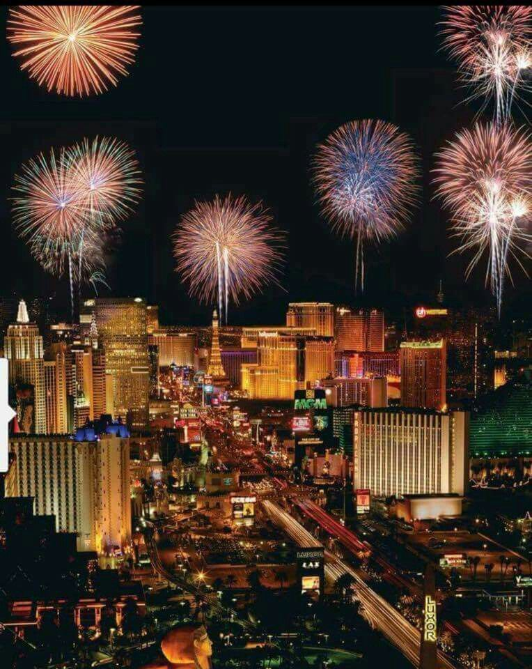 Las Vegas New year's eve fireworks Vegas new years, New