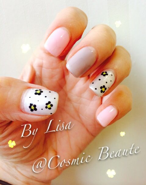 Floral Nail With Pink And Nude Color Spring And Summer Nail Design
