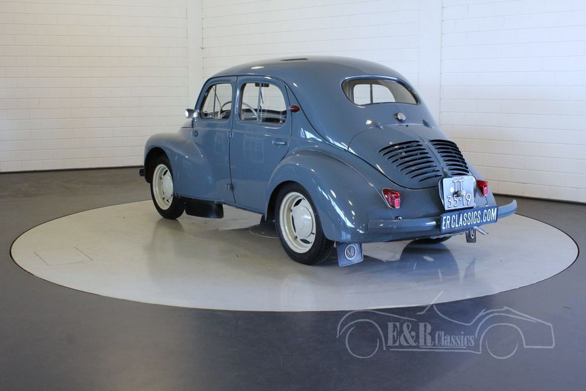 Renault 4cv 1956 For Sale At Erclassics Renault 4 Renault Toy Car