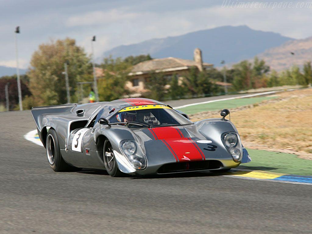 Lola-T70-Mk3B-Coupe-Chevrolet_7 | Le Mans | Pinterest | Chevrolet ...