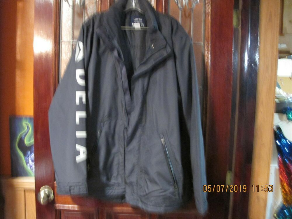 RARE Lands End Delta Airlines Quilted Padded Hooded Jacket