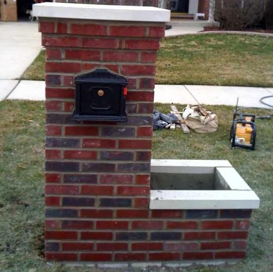 Brick Mailbox DIY Do I Dare It Doesnt Look To Hard Home - Brick column lit by flush mounted core drilled well light