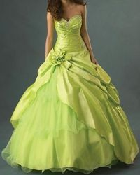 Robe de soiree verte anis