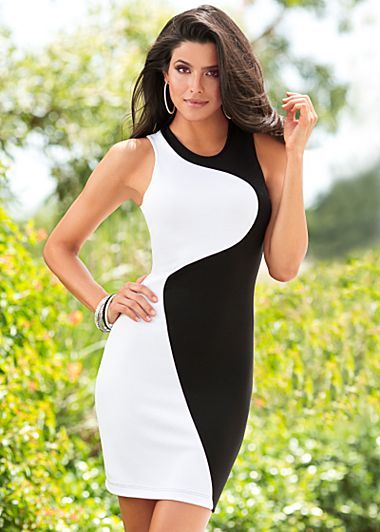 Black and White Color Block Dress. Sizes 2-8.