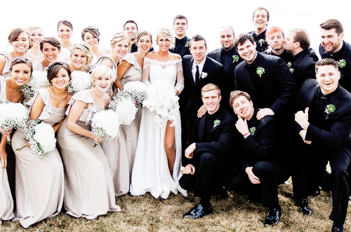 Tyler and Jenna Josephs wedding OH MY GOD LOOK AT JOSH IN THE