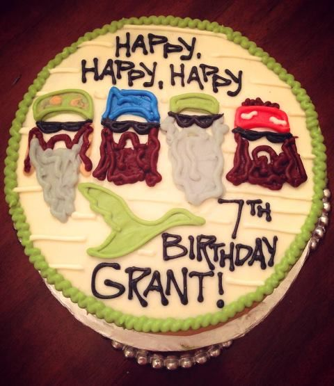 duck dynasty cakeperfect for grant He is turning 7 and it