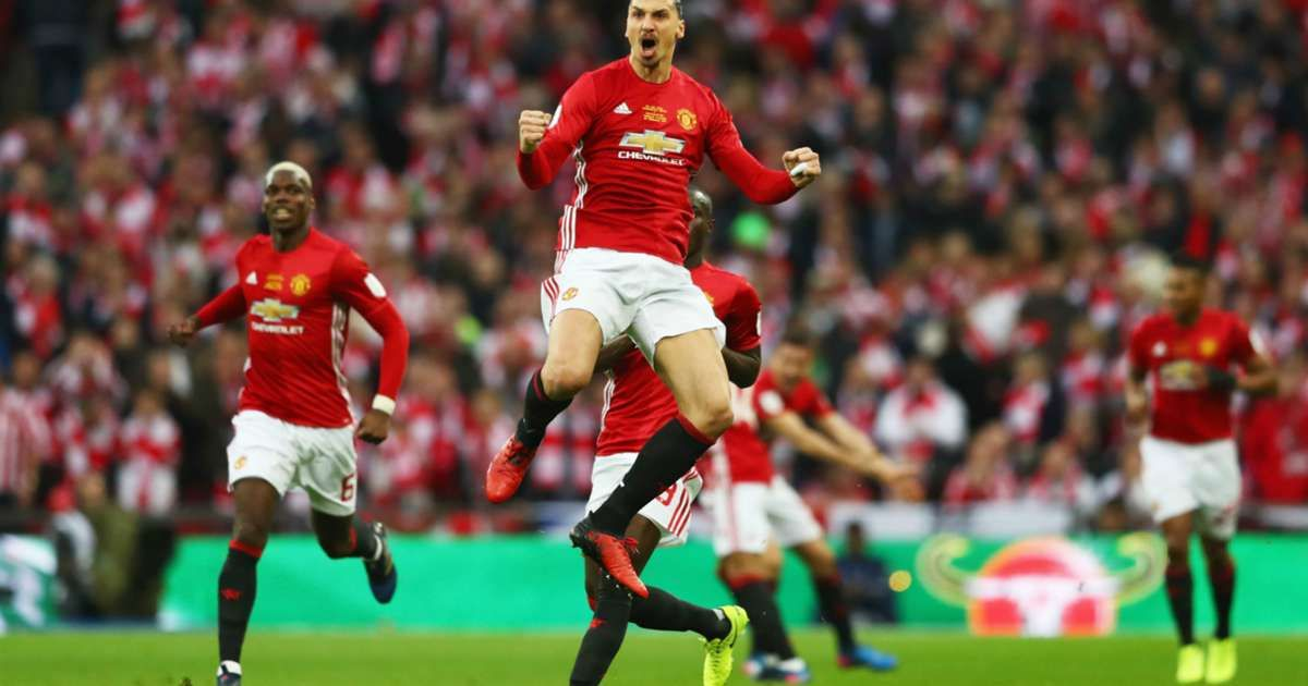 Mourinho Wants Ibrahimovic To Take Manchester United To A Different Level Manchester United Manchester Phil Neville