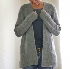 Photo of Girlfriends Cardigan Anke Knitting pattern by ANKESTRiCK