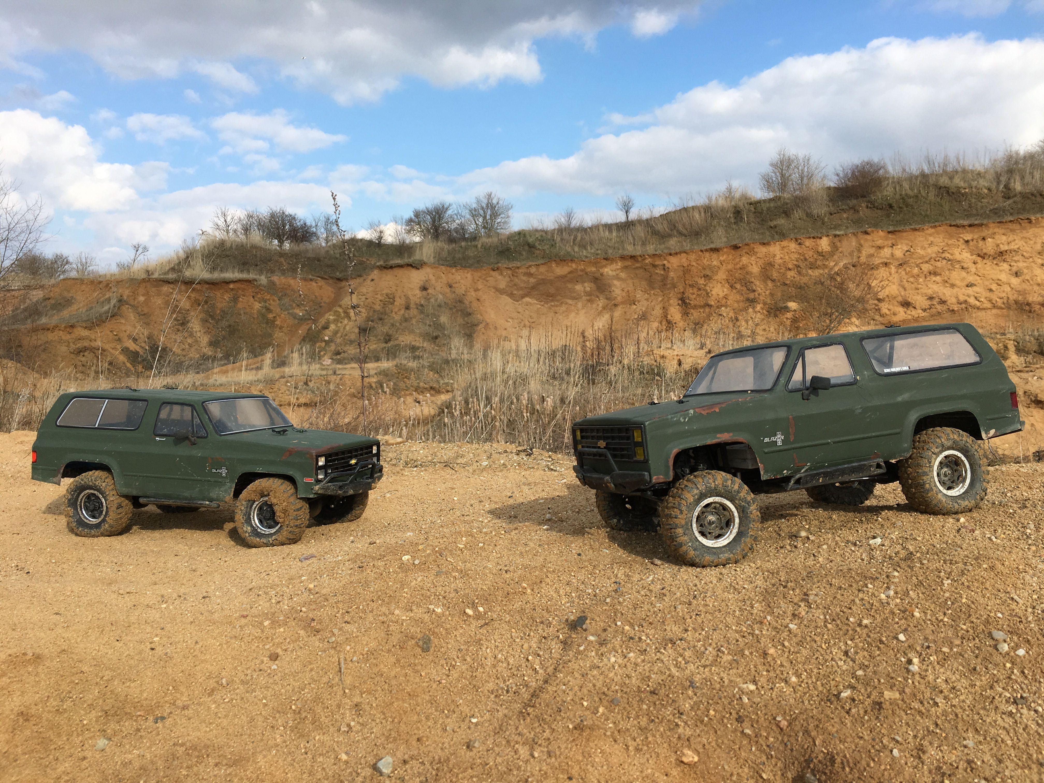 Vaterra Acender Chevy K5 Blazer Rechte Seite Und Axial Scx10 Chevy K5 Blazer Linke Seite Sandgrube Salbitz
