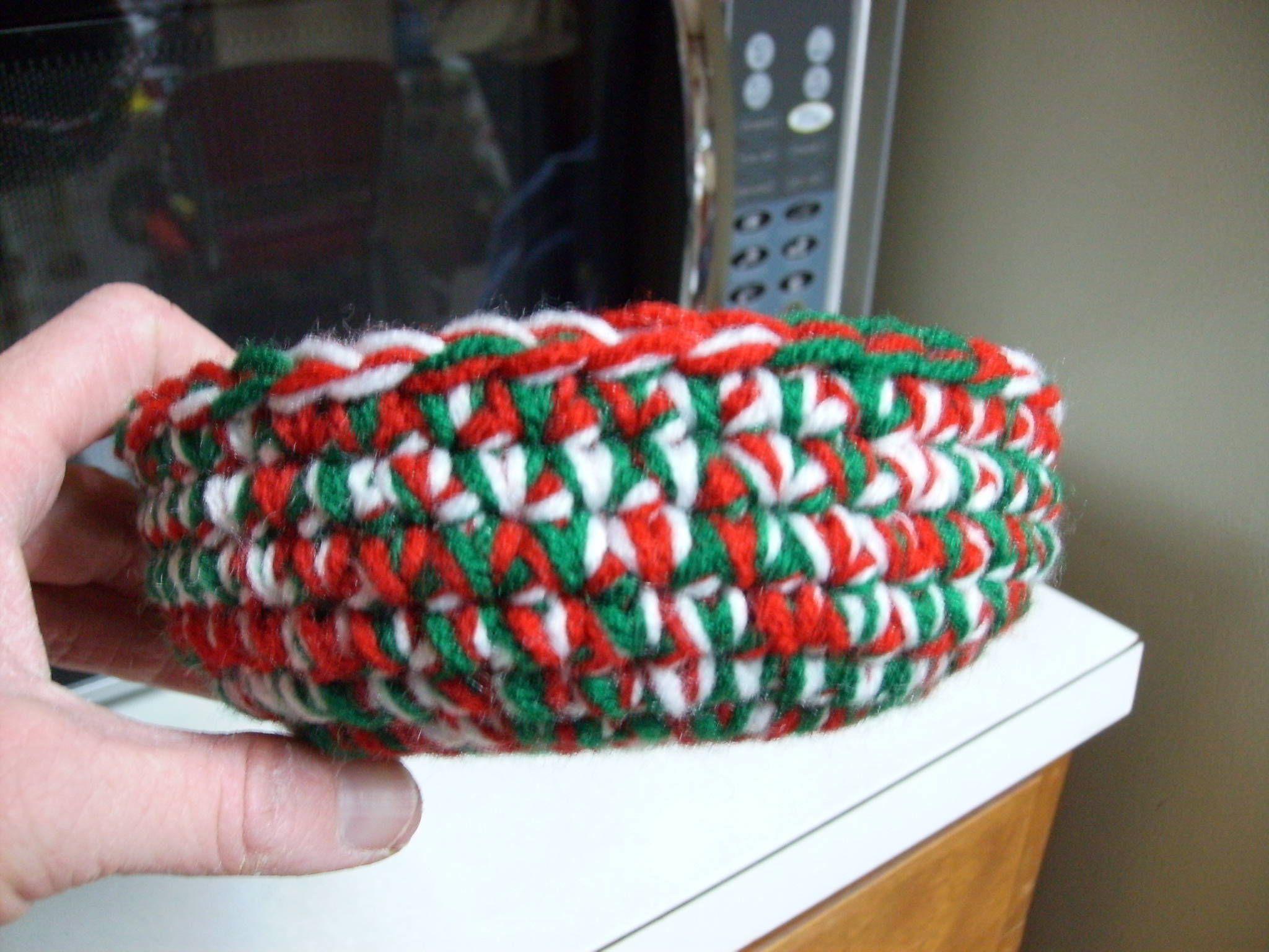 Free Christmas Candy Dish Crochet Pattern   CROCHET   Pinterest ...