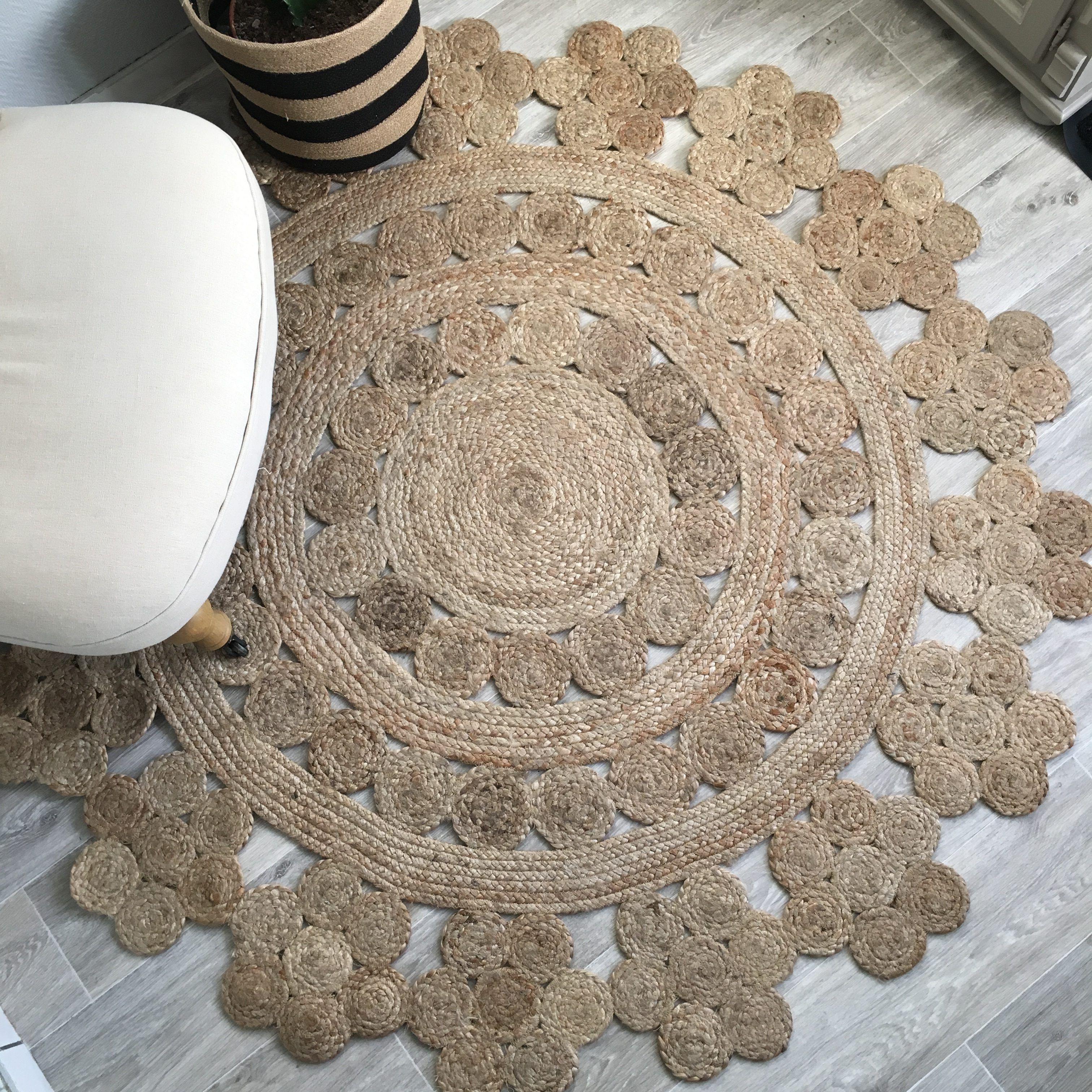 Les Tapis Ronds En Jute Objet Decoration En 2019 Diy Furniture