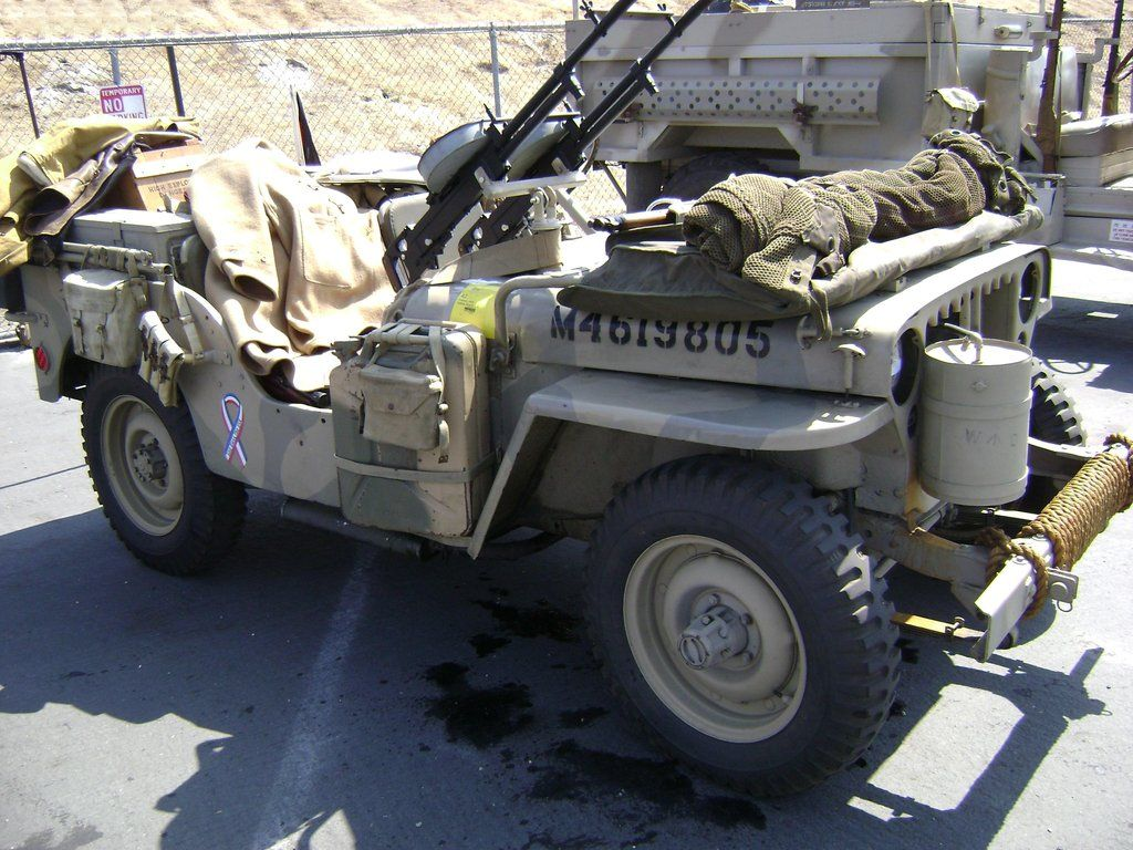 hight resolution of willys army jeep in wwii