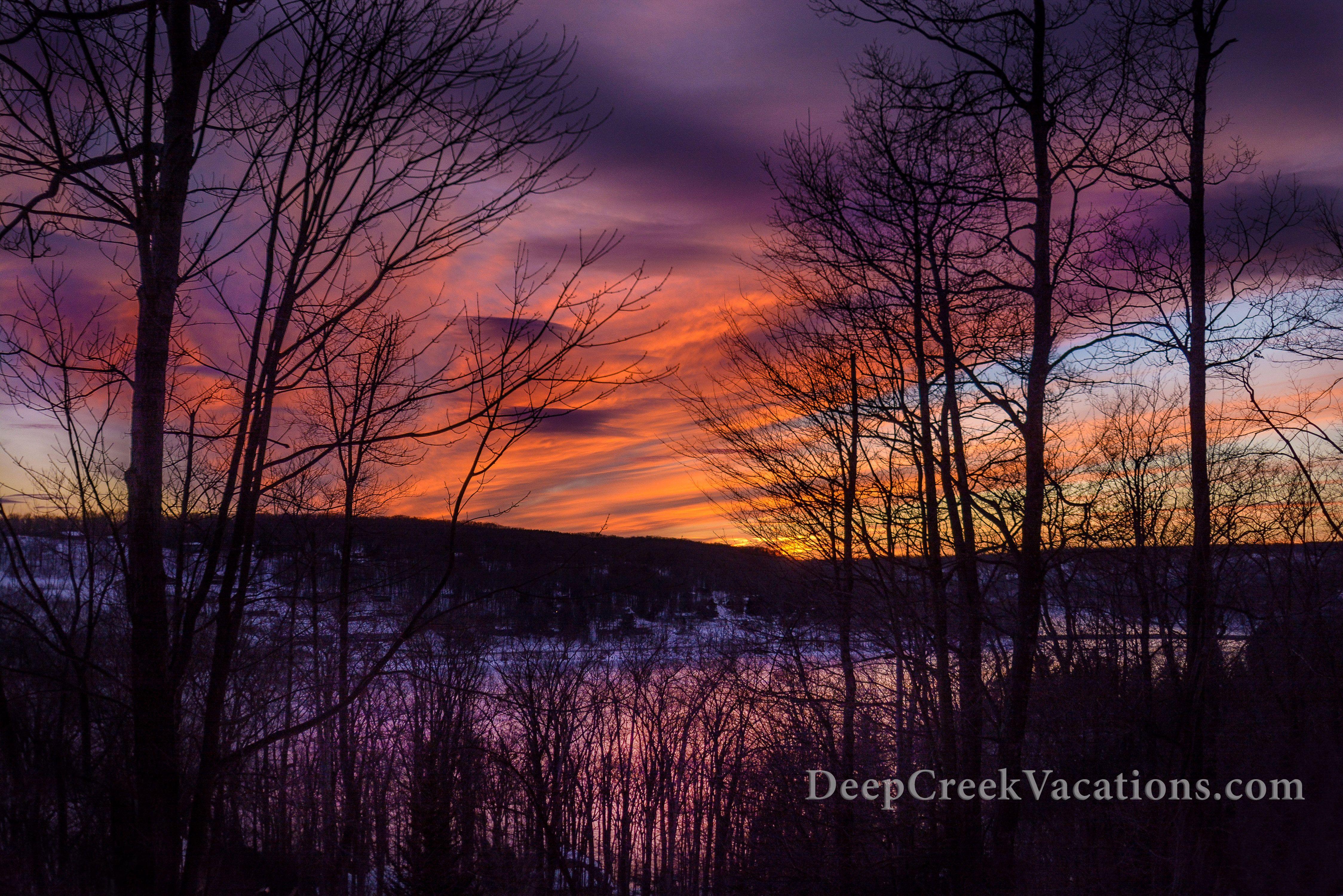 Stunning Winter Sunset Over Deep Creek Lake Www Deepcreekvacations Com Deep Creek Lake Winter Sunset Lake