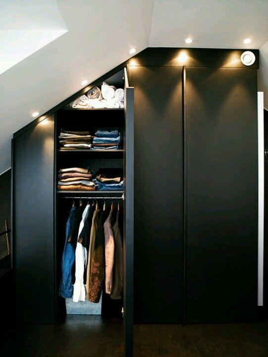 5 ideas de iluminaci n para el closet escaleras - Iluminacion interior armarios ...