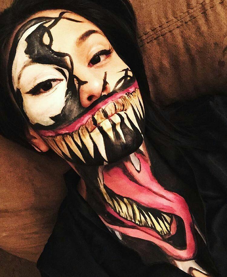 Halloween face paint | Face painting halloween, Halloween ...