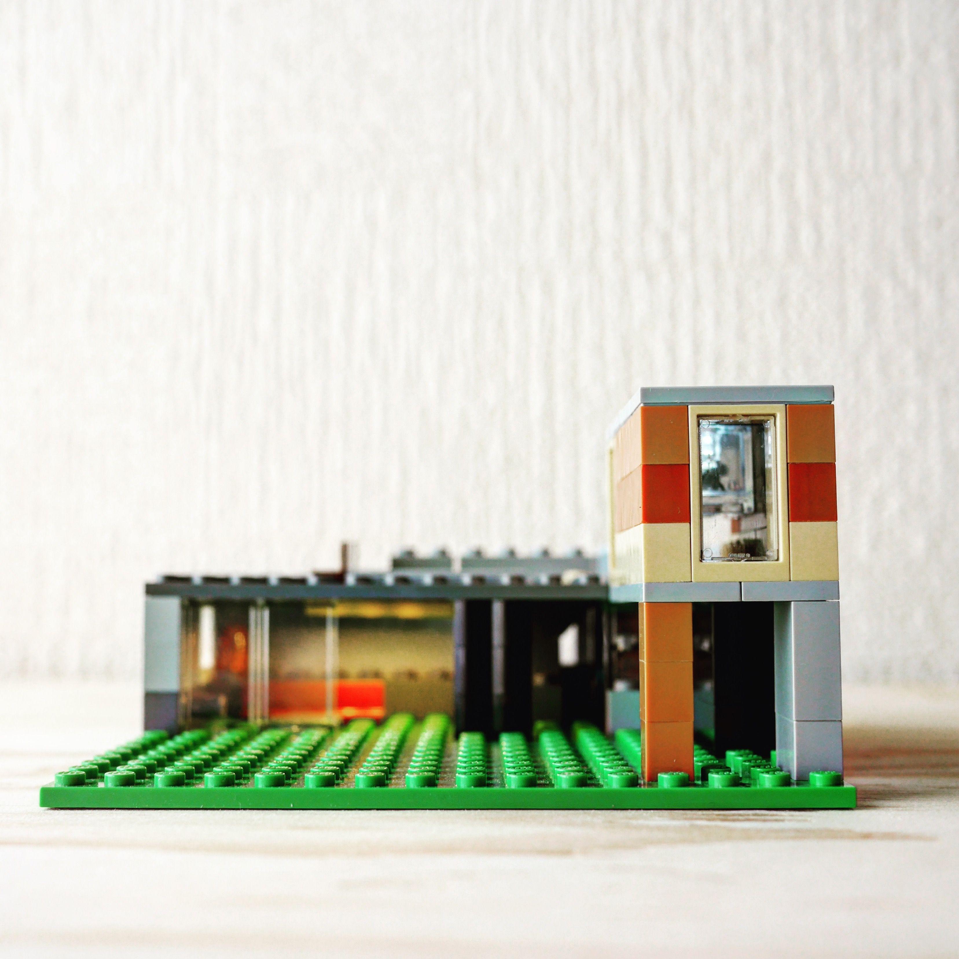 Building Instruction Lego House In 2020 Classic Lego Lego House