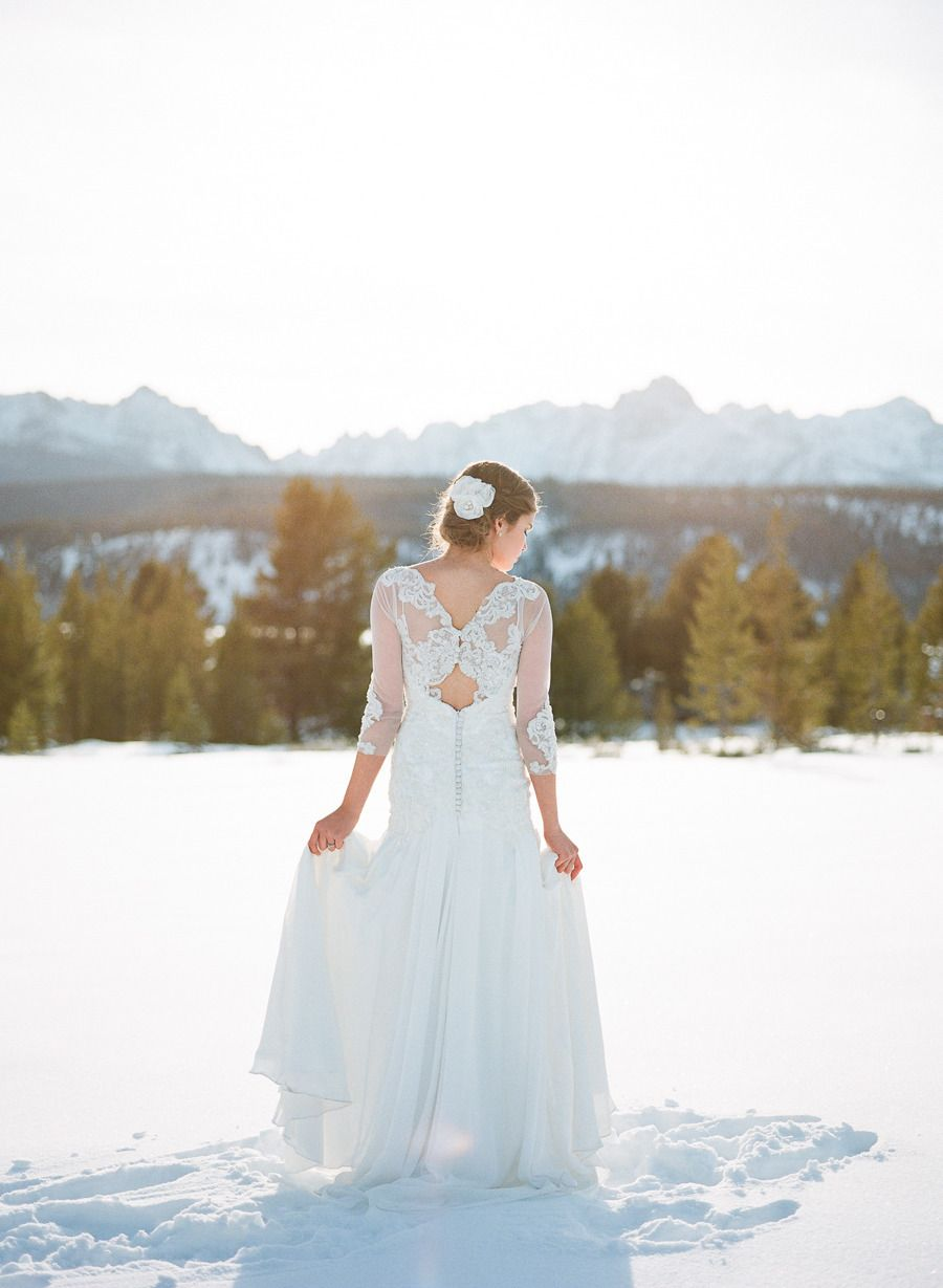 Beautiful Winter Wedding | Style Me Pretty
