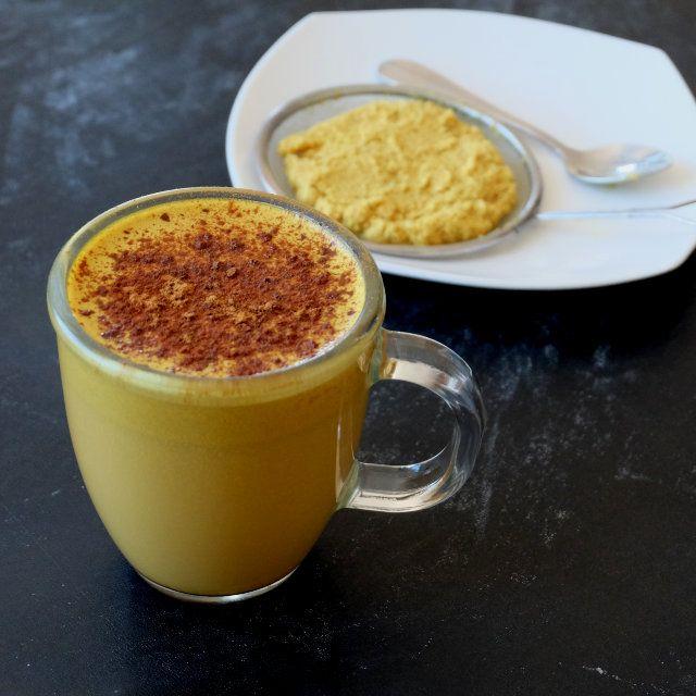 Ginger Turmeric Milk Latte