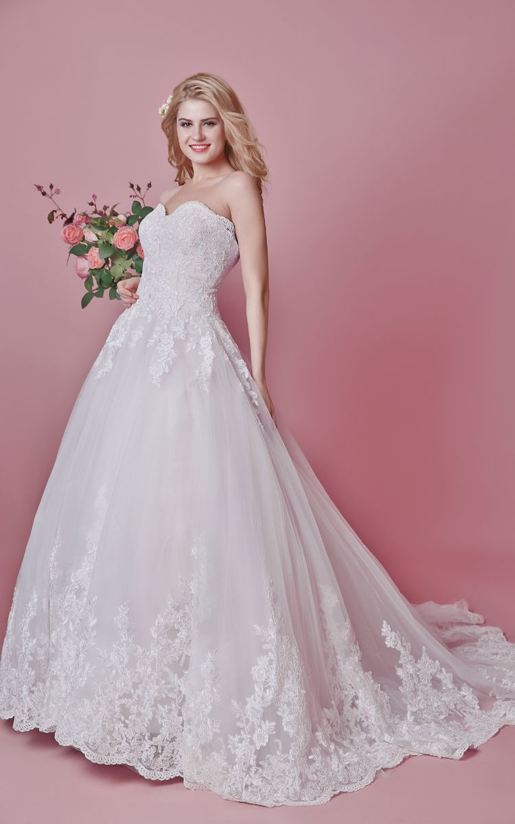Wedding dresses ball gown lace  Romantic Sweetheart Floral Lace Applique and English Net Wedding