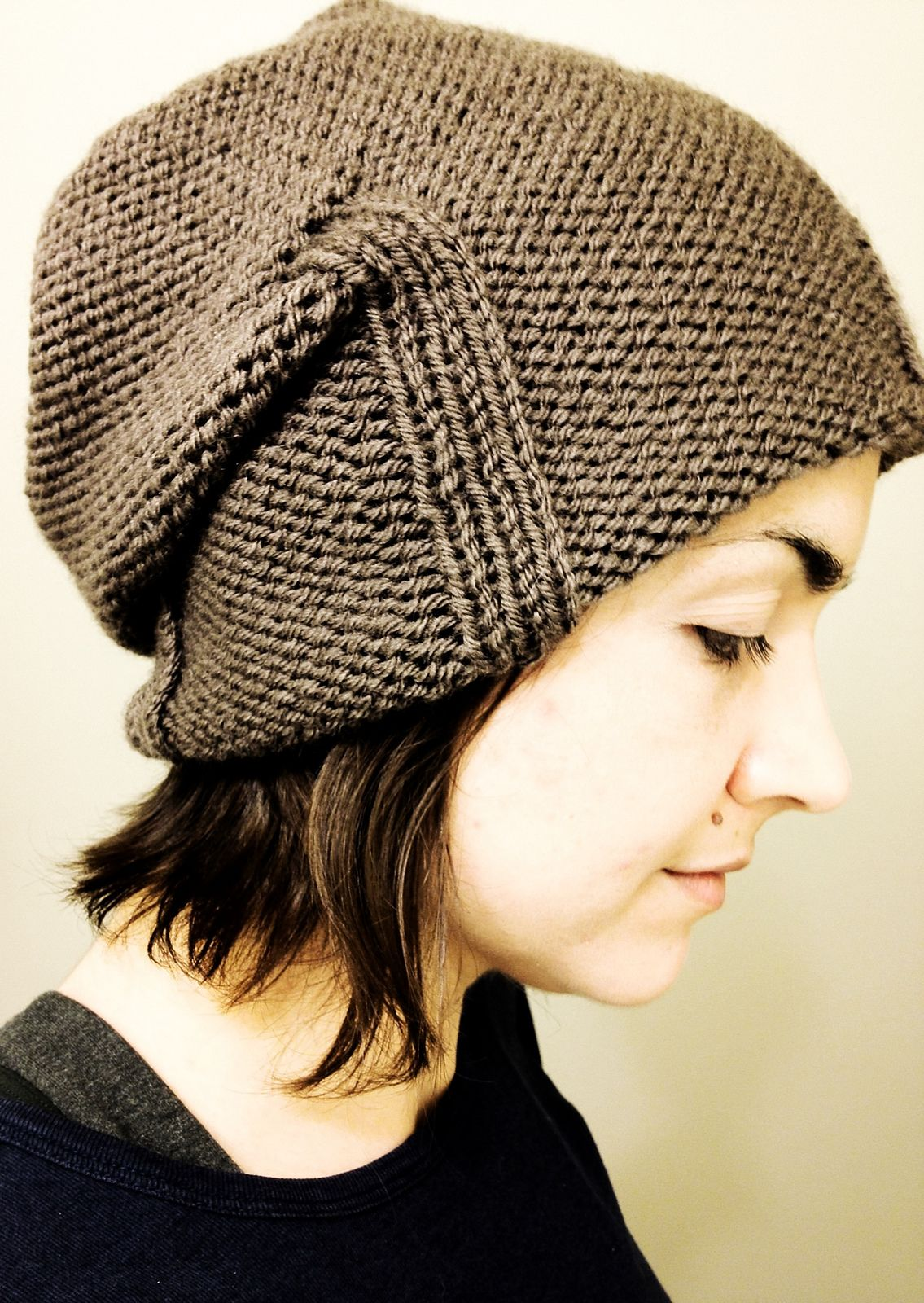 Free Knitting Pattern for Kami Slouchy Hat - Easy slouchy ...