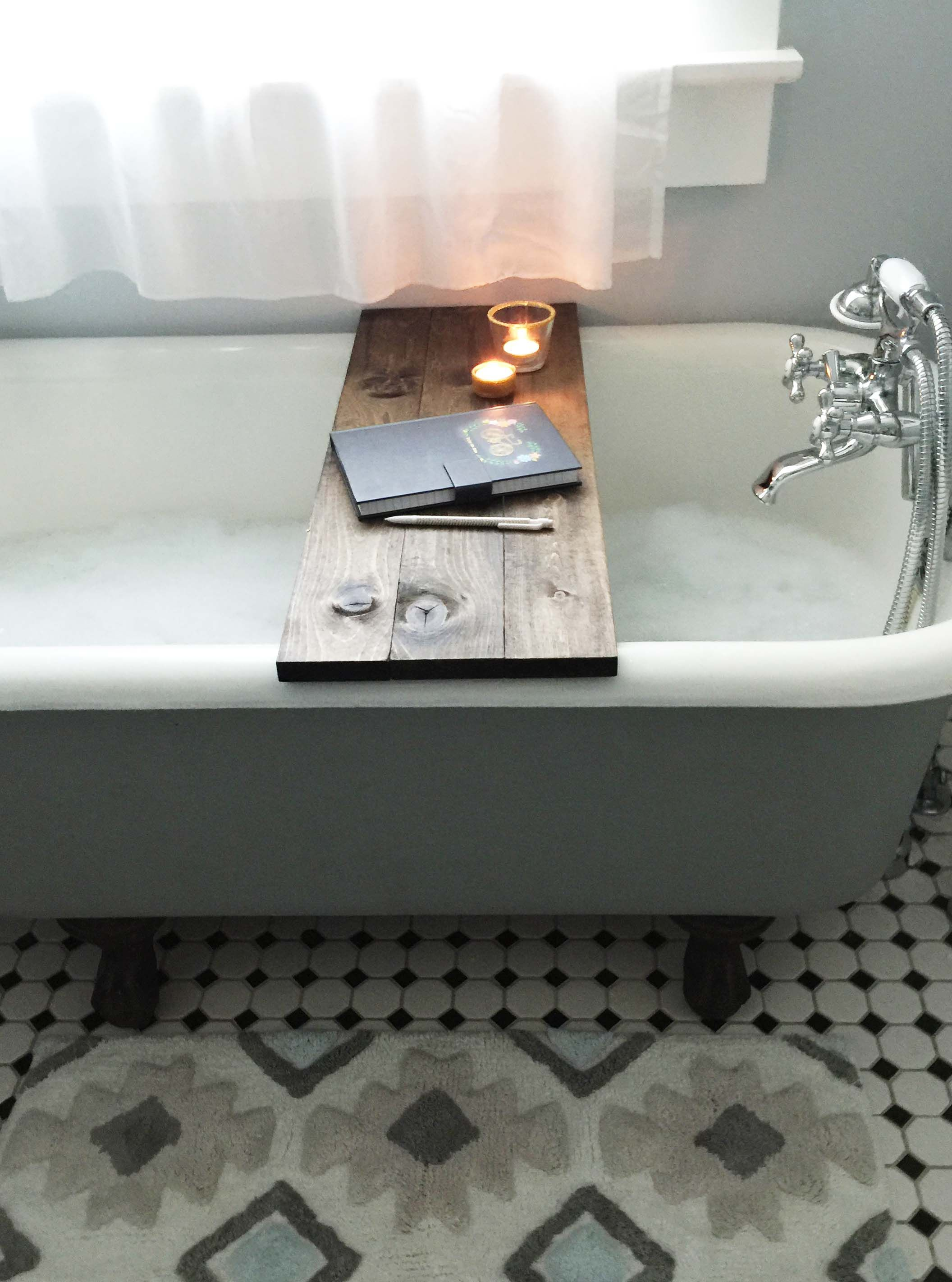 Save over $100 with this DIY Wooden Bathtub Caddy Tutorial   Wooden ...