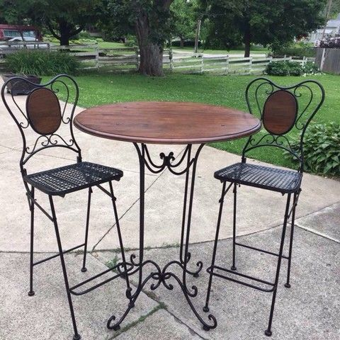 Wrought Iron Table 2 Chairs Table Measures 33 1 2 Inch Diameter