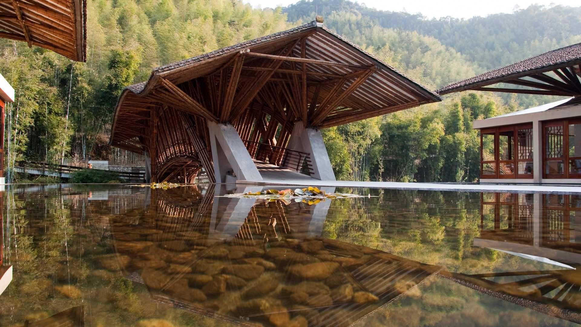 Crosswaters Eco Lodge Spa Nankunshan National Forest Park near Guangzhou China Colombian bamboo designer Simn Vlez Hostel proyect