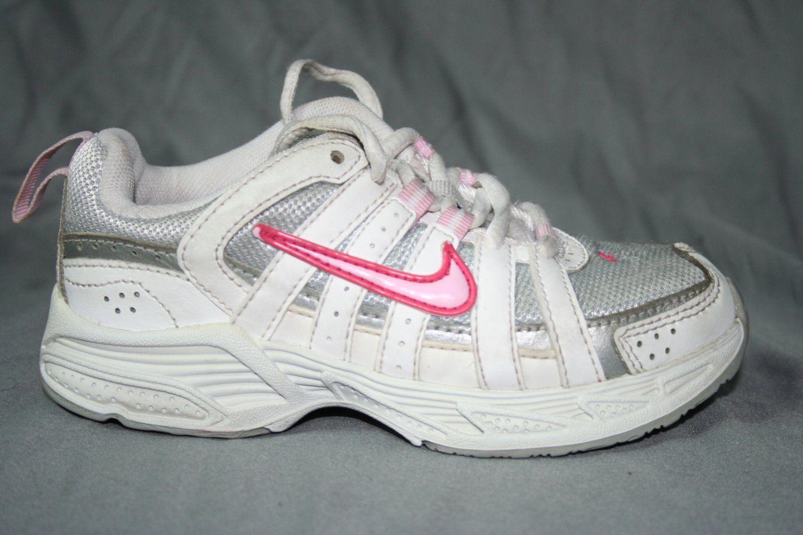 Nike US Size 3 Medium Athletic Shoes for Girls