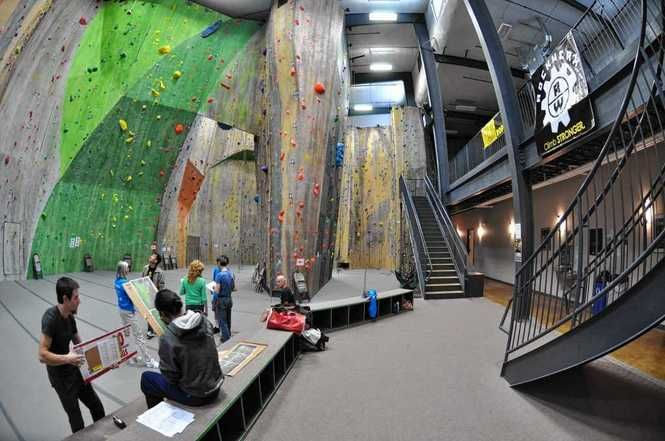 Syracuse Agency Approves Tax Breaks For Planned Rock Climbing Center Climbing Gym Rock Climbing Climbing