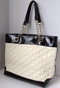 BETSEY JOHNSON IVORY / BLACK BE MINE HEART QUILTED TOTE SHOULDER BAG PURSE GUC