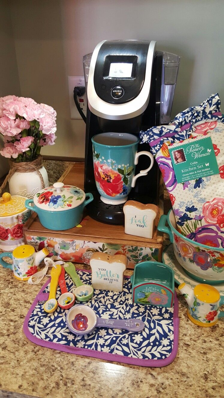 Pretty Dishes Pioneer Woman Kitchen Pioneer Woman