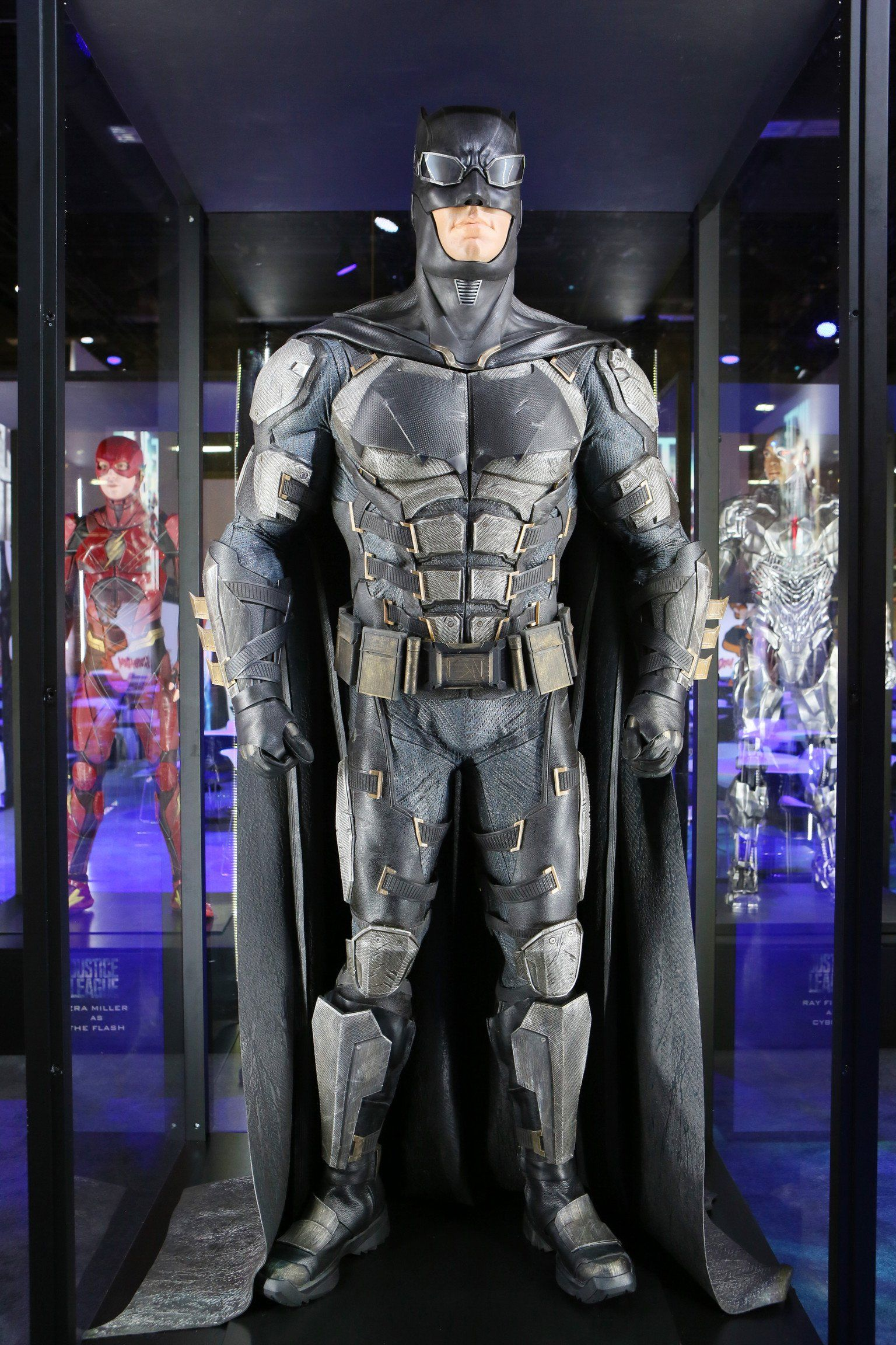 DC Multi-Univers Justice League Tactique Costume Batman Action Figure NEW
