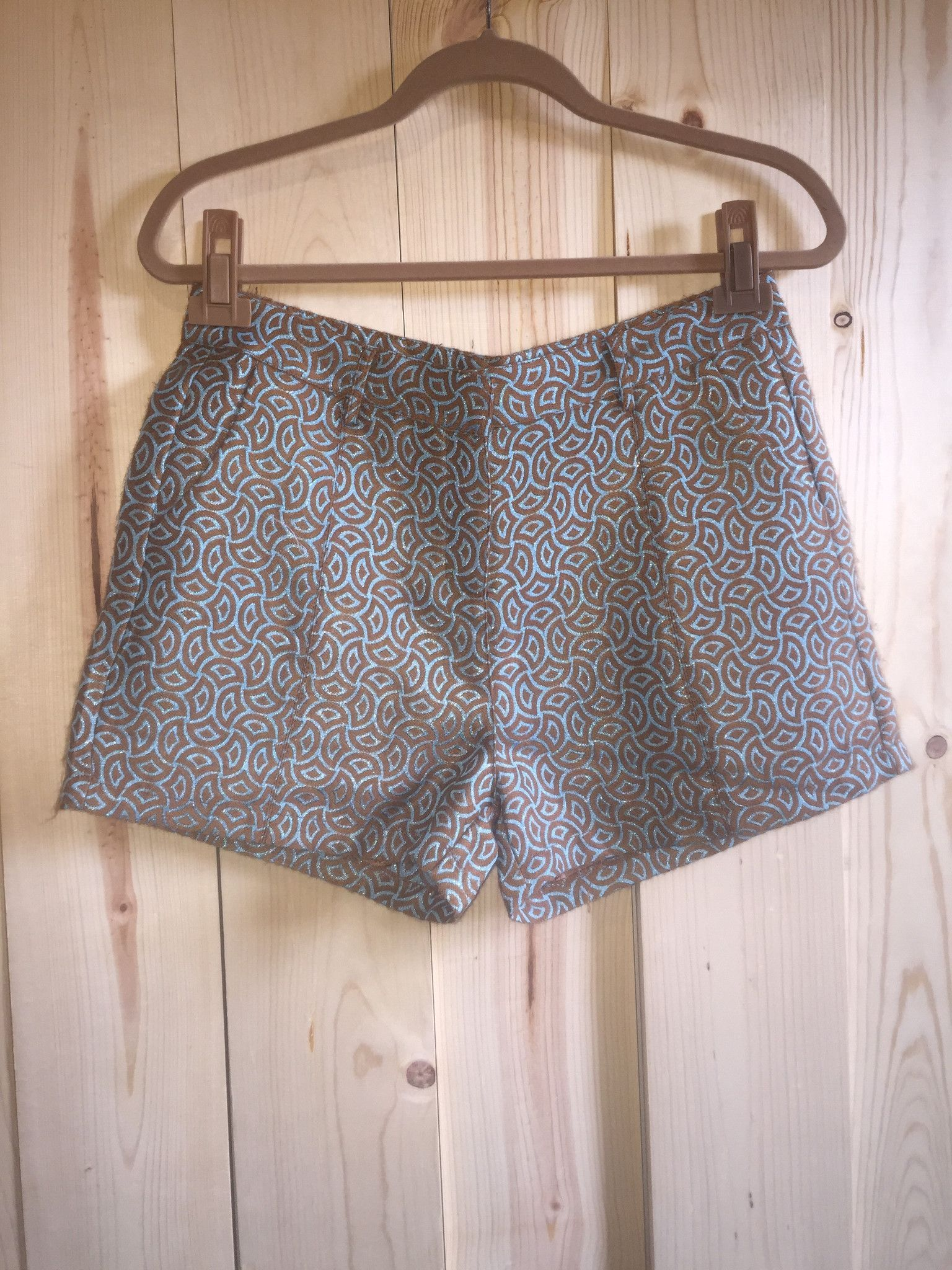 """""""Almost Somewhere"""" Printed Shorts"""