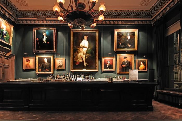 Man Cave Barber London : The garrick club how to create atmosphere even in