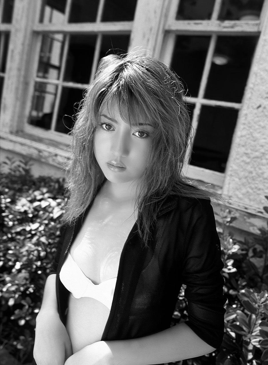 Saki Kagami Nude Photos 24