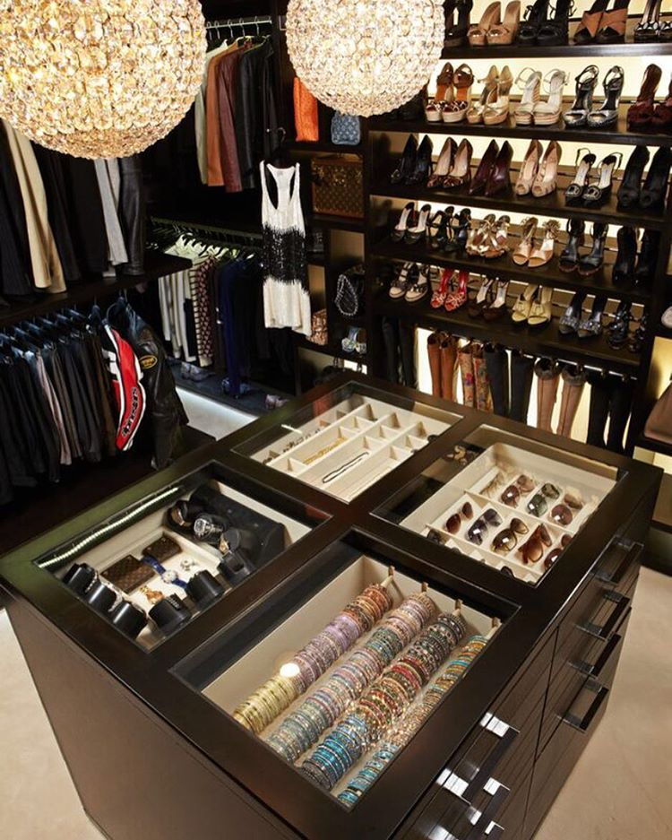Pin By Natalie Mustang On Pad Closet Luxury Closet