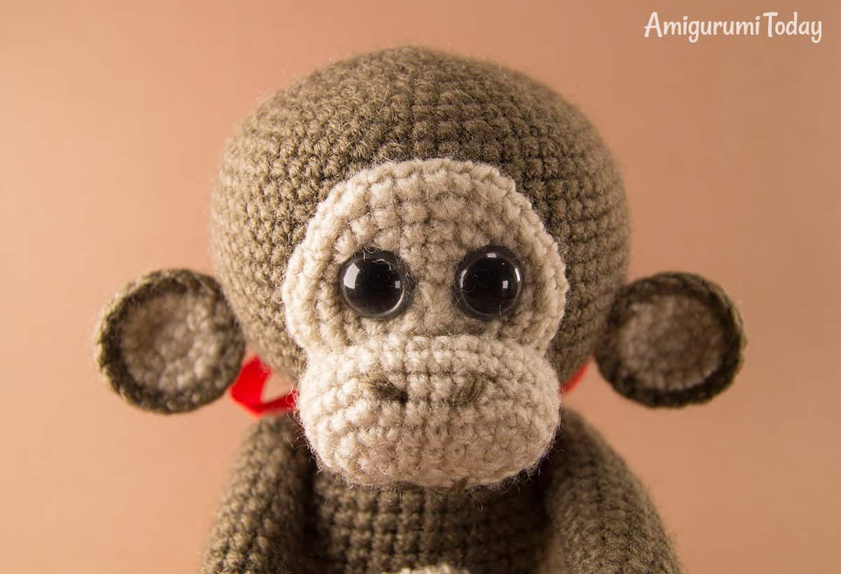 This Cuddle Me Bear Amigurumi Pattern... - Amigurumi Today - Free ... | 820x1200