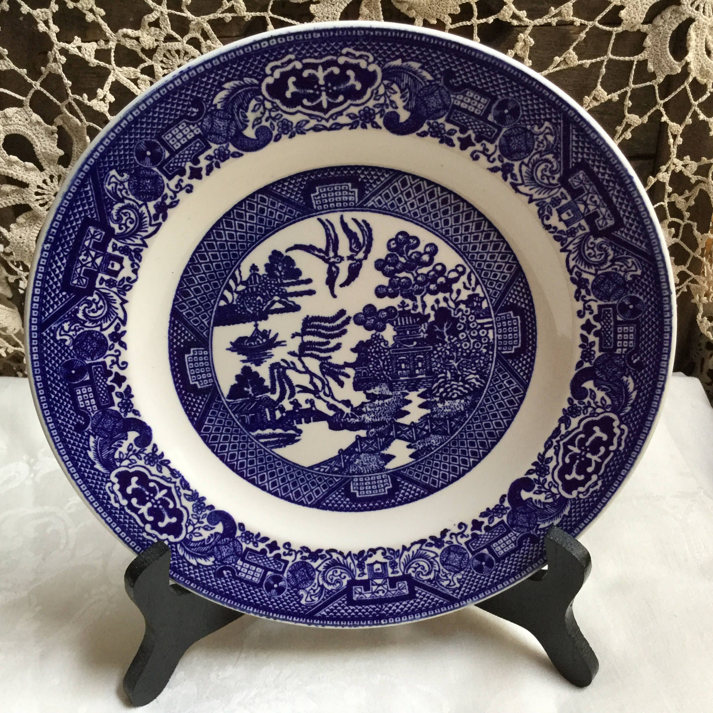 Willow Ware Royal China Usa 10 Inch Dinner Plate By Sunshinevintagegoods On Etsy Willow Ware Vintage Plates Vintage