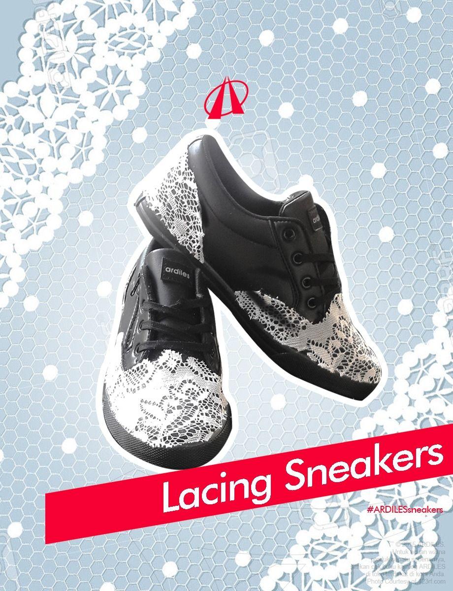 Menjadi Princess Dan Punya Sepatu Yang Cantik Adalah Impian Para Cewek Nah Sekarang Ardiles Sneakers Lovers Bisa Membuat Sepatu Impian Kal Sepatu Brokat Renda