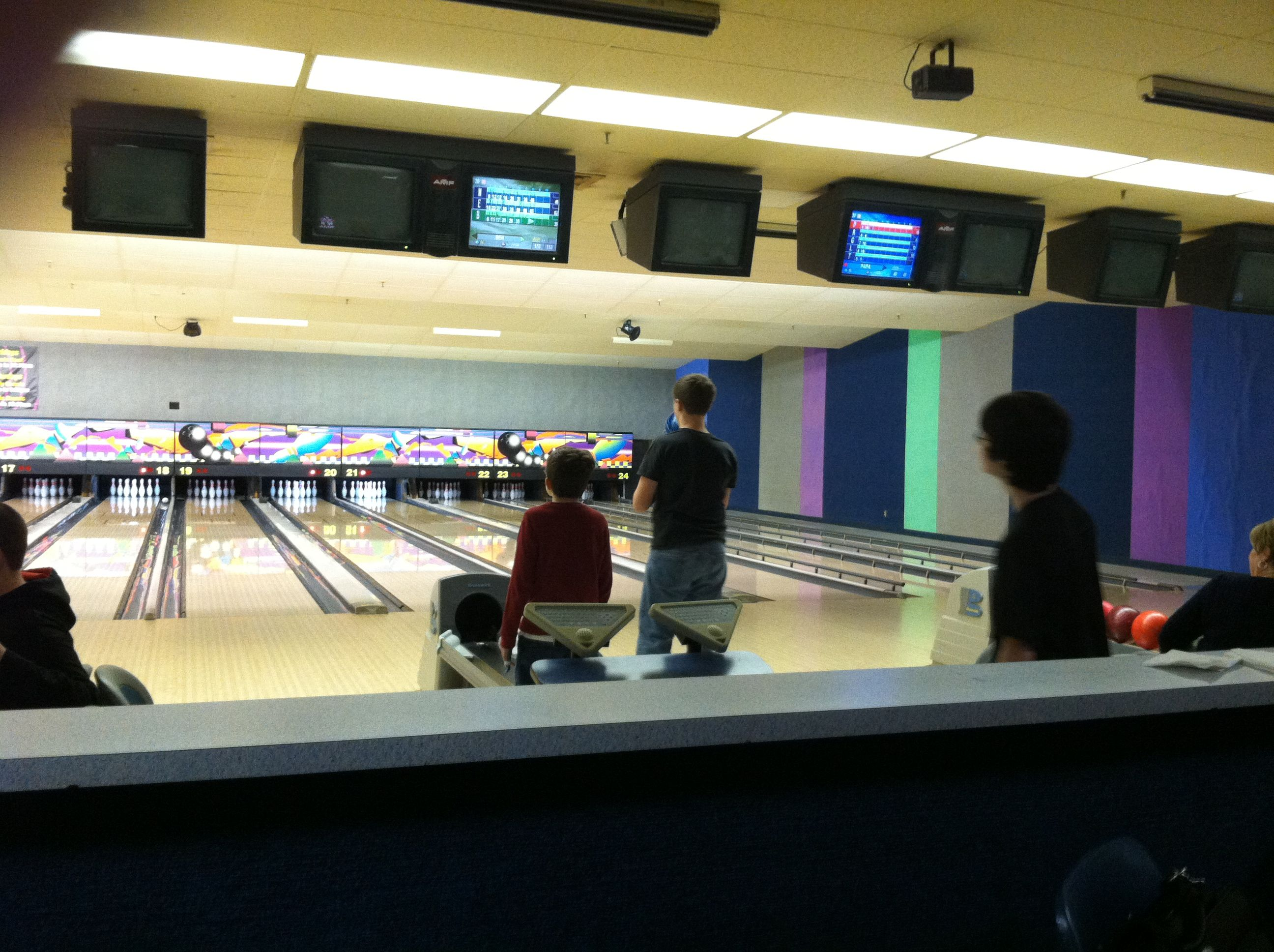 Bowling At Mt Hawley Bowl In Peoria Illinois Peoria Illinois Hometown