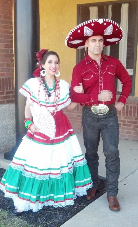 Related Keywords & Suggestions for hispanic couple culture ...