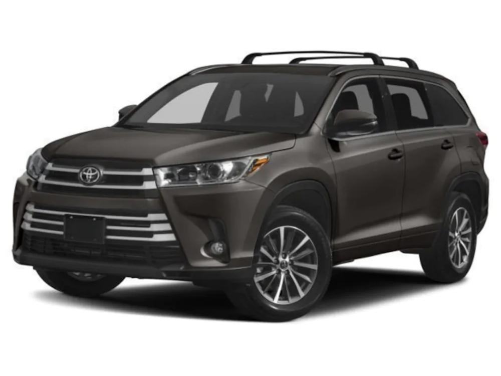 2019 Toyota Highlander XLE V6 SUV Available Near Houston