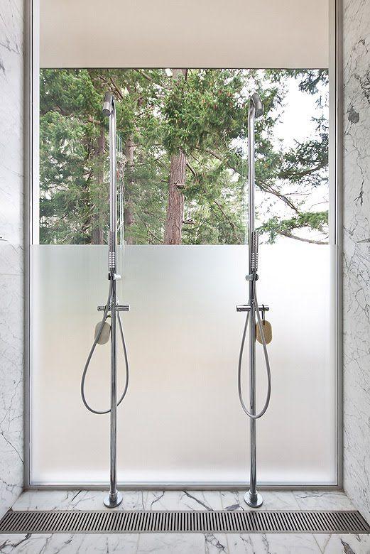 Heliotrope Architects ha proyectado esta residencia de veraneo bajo criterios ecológicos y de sostenibilidad