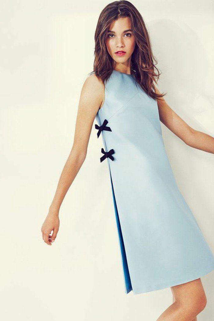 73fd7a0ac43 robe droite en bleu clair avec une ligne droite